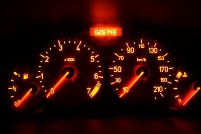 متدهای عیب یابی نشانگر سطح روغن و بنزین